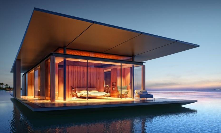 The Floating House –  Este é um projeto criativo que se baseia na ideia de viver na água. Esta casa é a ilustração perfeita de serenidade para aqueles que gostam de ter a natureza à sua porta. Com paredes de vidro do chão ao teto, a casa celebra o sentimento de liberdade e abertura. A natureza é o tema subjacente e, como tal, a maior parte do interior é feita de madeira. Este é um projeto do arquiteto Dymitr Malcew, de Singapura,
