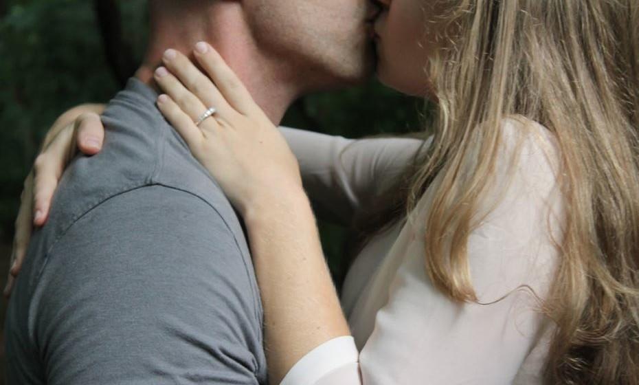 10 –RELAÇÃO SAUDÁVEL: respeitam as fronteiras sexuais e podem dizer não ao sexo. RELAÇÃO PREJUDICIAL: o seu parceiro forçou a relação sexual ou você teve relações sem querer. Ou vice-versa.