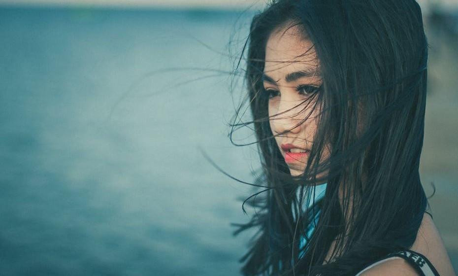 5 –RELAÇÃO SAUDÁVEL: expressam e ouvem os sentimentos, necessidades e desejos de cada um. RELAÇÃO PREJUDICIAL: um dos elementos sente que não é ouvido e não consegue comunicar o que que quer.