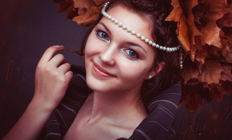 O cabelo cai mais no outono? Não será generalizável, mas na maioria das pessoas sim.