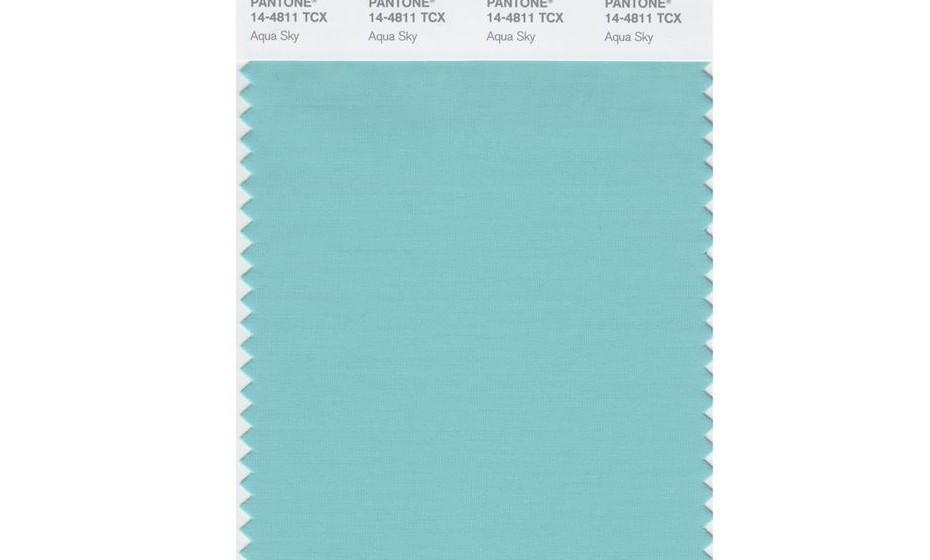 2003 – Outro tom de azul, o aqua sky, foi o escolhido para esse ano.