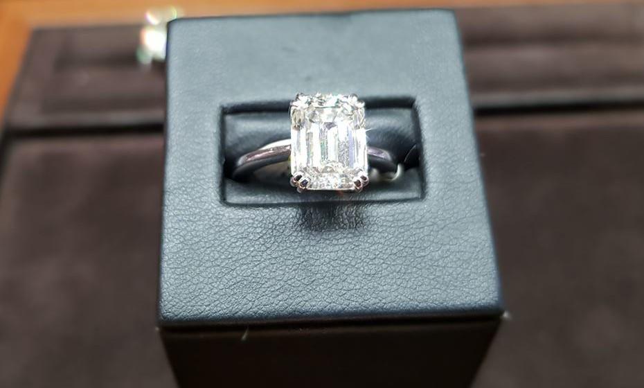 O Museu do Diamante está localizado nas instalações da Coster Diamonds, a empresa holandesa mais antiga a trabalhar nesta área, há já 175 anos. Na imagem, o diamante mais caro que têm na loja, a valer 300 mil euros.