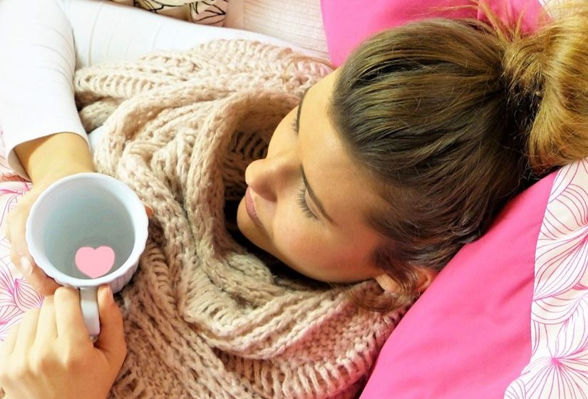 Se começar a sentir-se doente no trabalho ou na escola, vá para casa o mais rápido possível. Fique em casa por pelo menos 24 horas depois de a febre desaparecer.