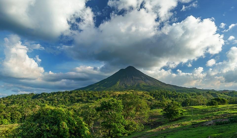 13 - Costa Rica