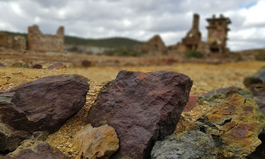 A mina esteve em atividade entre 1854 e 1966.