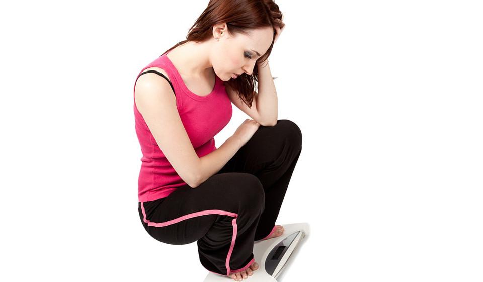 Saber a composição do seu corpo (a massa gorda e a massa sem gordura) é mais importante do que se focar no seu peso. Não diminuir de peso não significa que não esteja no caminho certo.