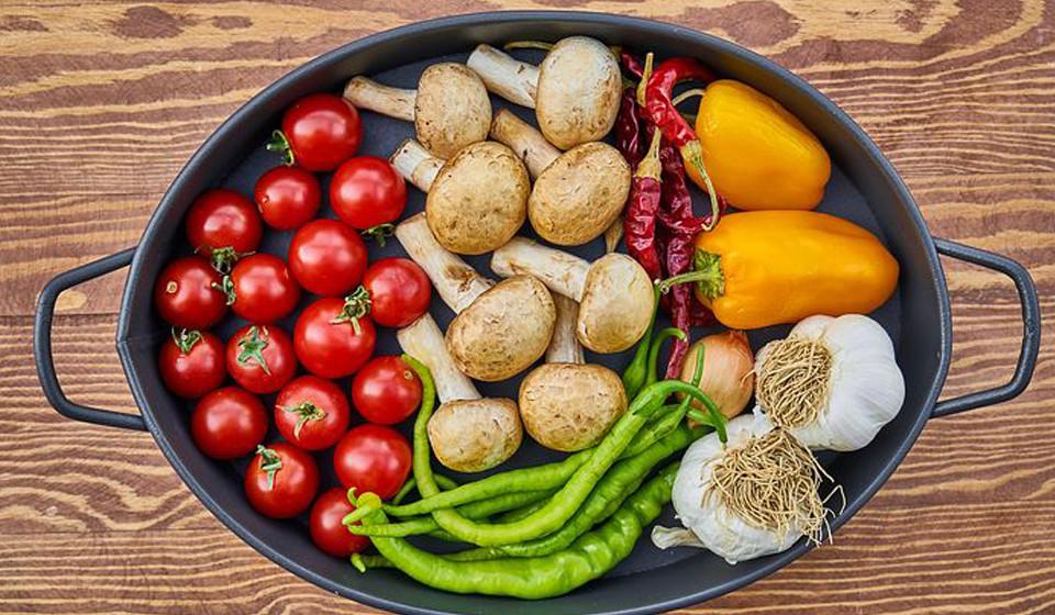 Manter um bom plano alimentar e físico é o mais importante para o nosso corpo. Manter as calorias, a fibra e a proteína debaixo de olho é muito importante. Aconselhe-se com um especialista.
