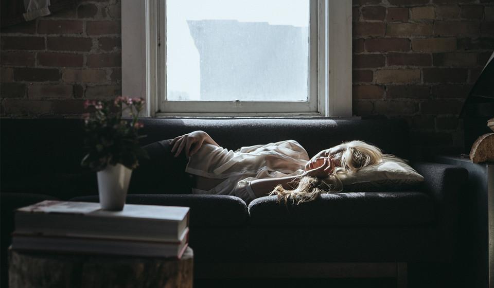 Durma bem. Para um bom desempenho da voz é vital que durma bem, pratique exercício e não fume.