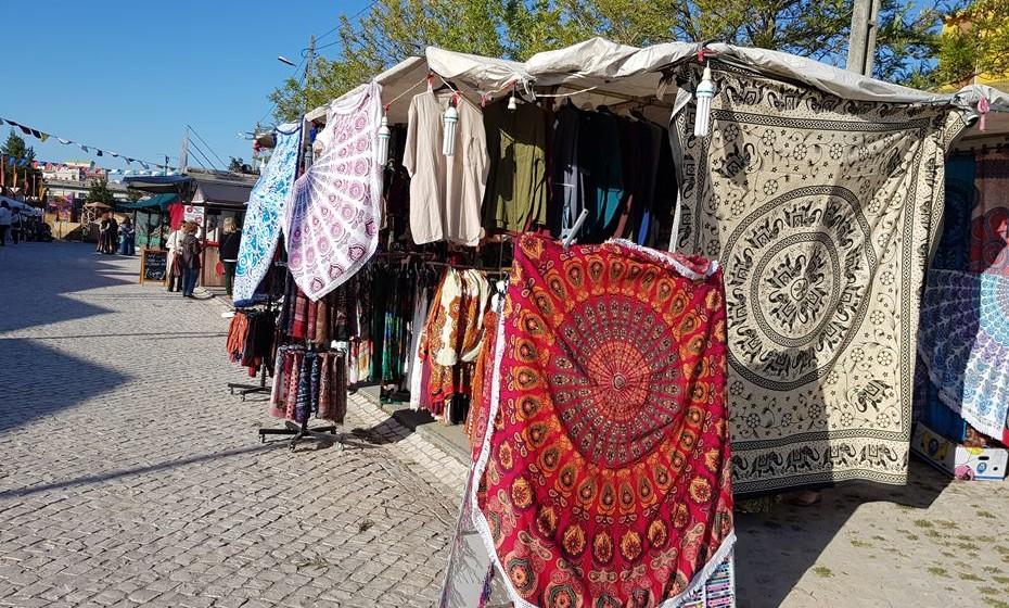 Os panos são mais um elemento que remete para a cultura árabe.
