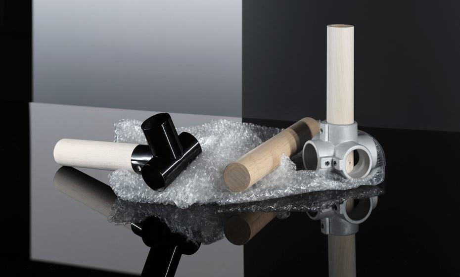 Entre as novidades está um material leve feito de verniz enrolado em tubos ocos, desenvolvido pela equipa da IKEA.