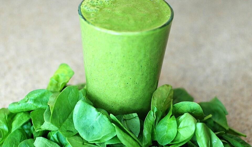 Espinafres - Não há dúvida que estamos perante um dos vegetais mais ricos em nutrientes. Eles são ricos em potássio, vitamina A, vitamina K, folato e magnésio.