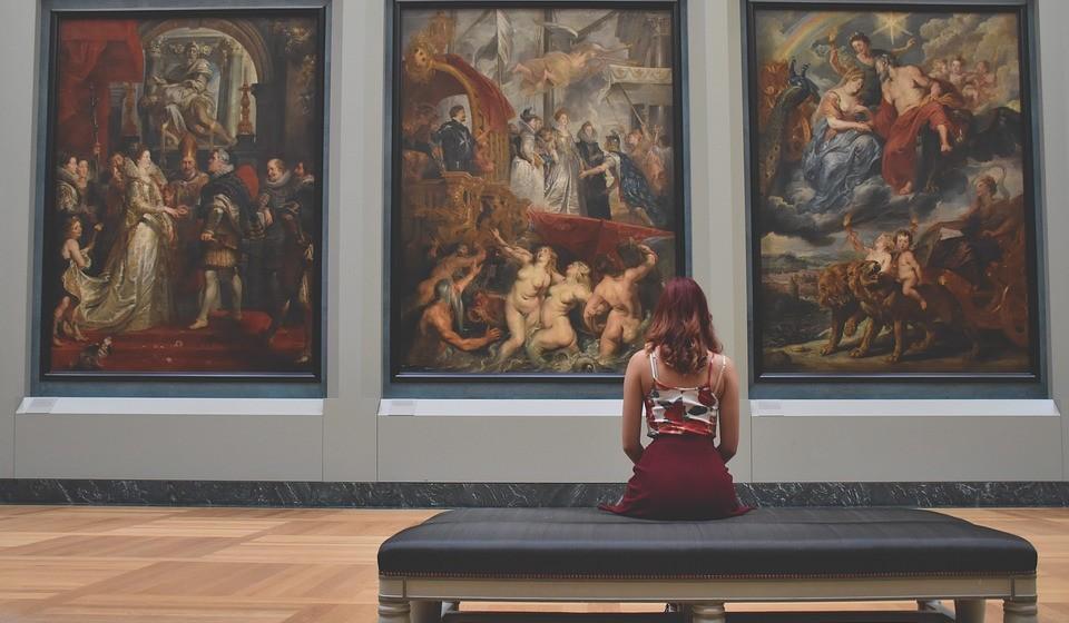 Os utilizadores do TripAdvisor decidiram escolher aqueles que, para eles, são os melhores museus do mundo em 2018. Estes museus, que não podiam apresentar coleções mais diversas, estão espalhados um pouco por todo o mundo e têm em comum o elevado número de visitantes, a sua importância cultural/artística e os comentários bastante positivos deixados nesta plataforma. Conheça-os de seguida.