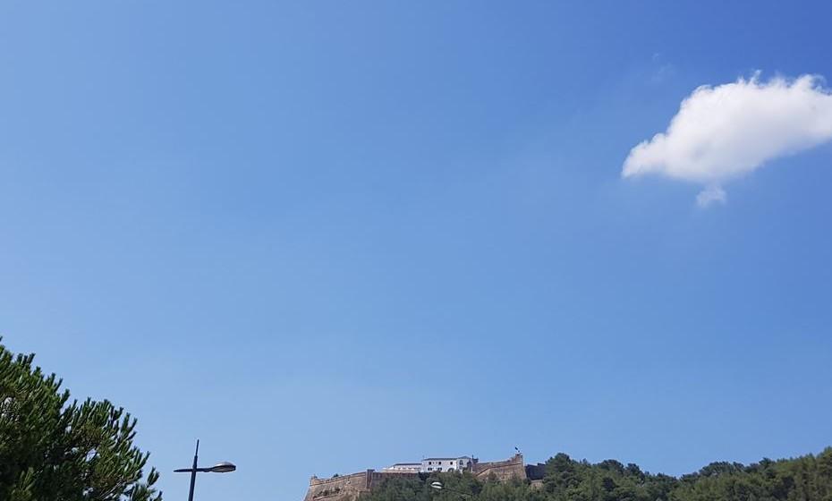 Forte de S. Filipe, em Setúbal, visto do lado do rio.