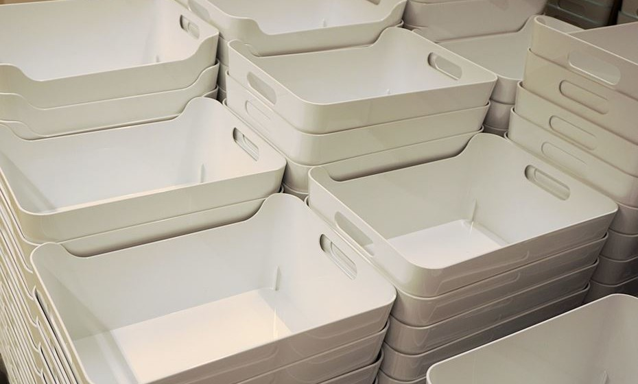Prefira guardar o máximo de coisas possível em caixas de plástico, o que impede a acumulação de poeiras.