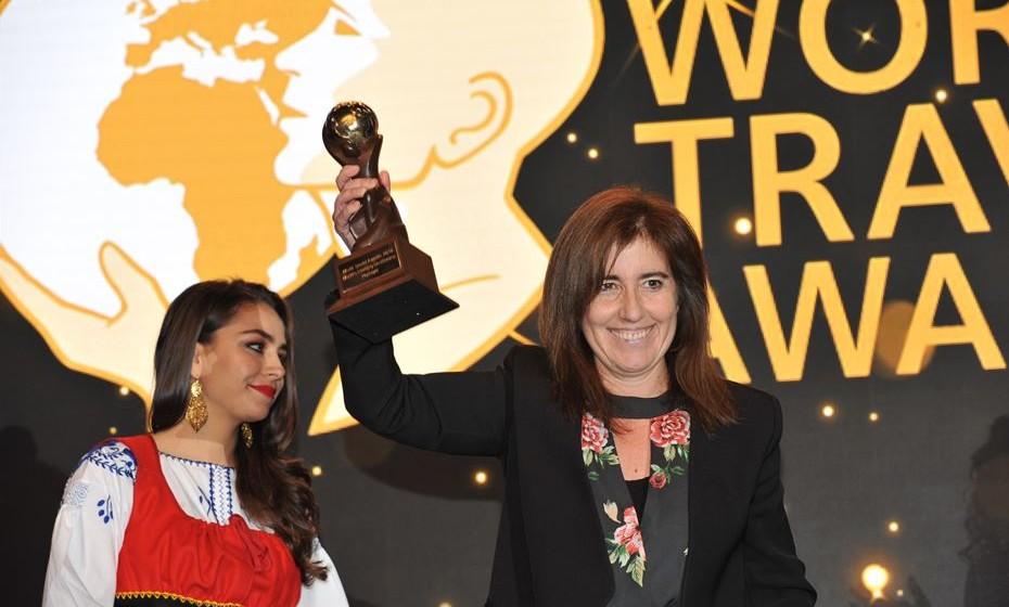 Ana Mendes Godinho, secretária de Estado do Turismo, recebeu o prémio para Portugal de Melhor Destino Turístico do Mundo