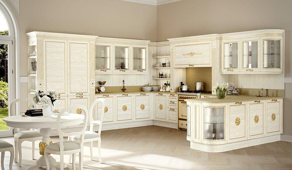 Cozinha RETRO CHIQUE - Dourados, molduras nos armários e cadeiras majestosas