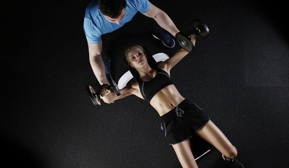 6 - Empregar profissionais de fitness certificados.