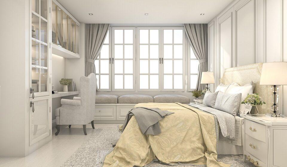 Quarto RETRO CHIQUE - Mesa de cabeceira majestosa, poltrona, cortinados e candeeiros de mesa