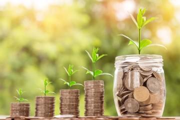 Seja na devolução do IRS, nos subsídios de férias e de Natal ou através de outra qualquer receita extra, esta é oportunidade perfeita para começar a economizar e criar o seu colchão financeiro. Veja como o fazer.