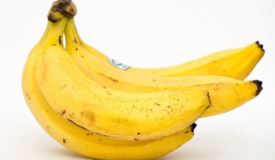 Não seja preconceituoso - Por vezes as frutas e os legumes que procuramos nos supermercados não têm o aspeto habitual que lhes é característico e que pretendemos, e a tendência converge sempre para a escolha dos alimentos mais perfeitos. Tenha mente aberta e não deixe que o aspeto dos alimentos o façam selecionar comida. Possuem as mesmas propriedades, só nasceram com formato irregular.