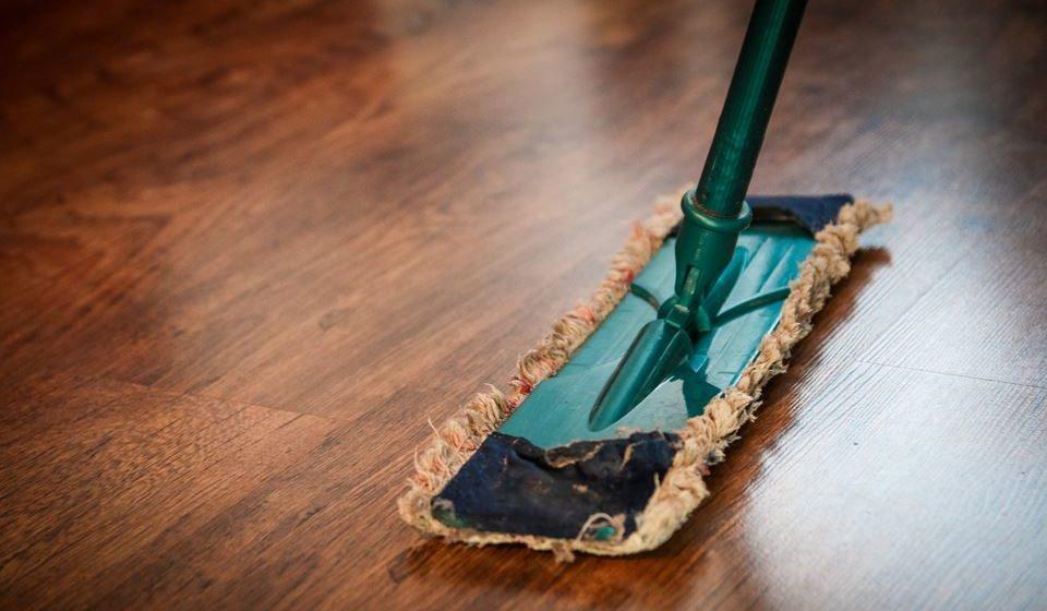 10- Elabore um conjunto de tarefas, arrumações, limpezas, alterações na decoração etc. que terá de assegurar durante este período e cumpra.