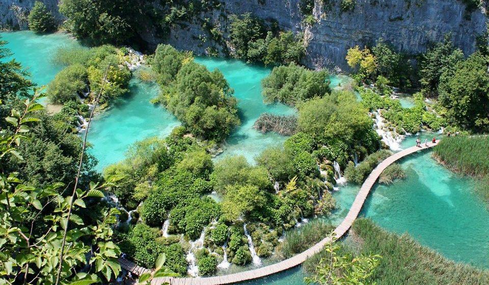 Lagos multicoloridos de Plitvice (Croácia)