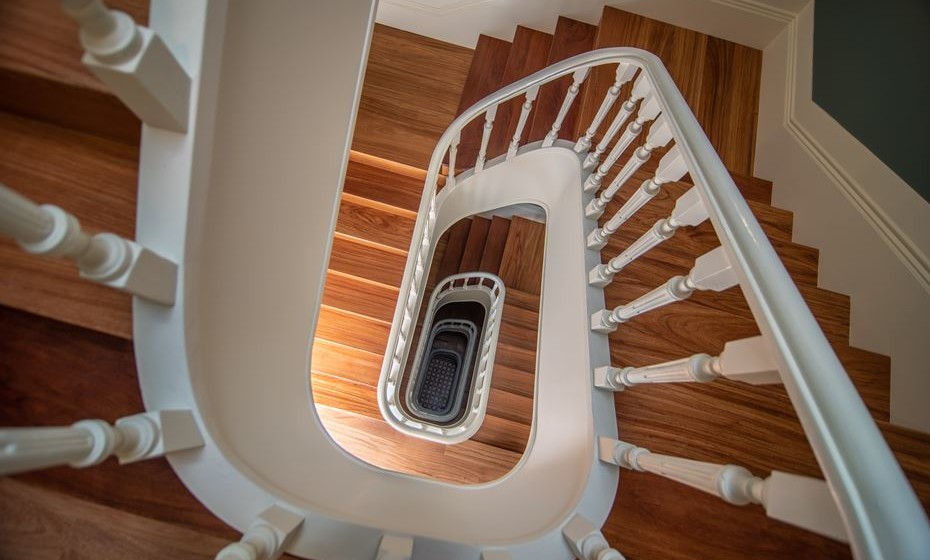 Detalhe da escadaria. Fotos: Angela Pinheiro Home Design.