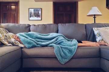 A Fundação Nacional do Sono americana apresentou uma lista com o número de horas de sono recomendadas para cada grupo etário. A organização juntou 18 cientistas e investigadores que, juntos, analisaram mais de 300 estudos sobre as horas de sono aconselhadas. O painel votou no número de horas de sono recomendadas para cada grupo etário, conclusões que apresentamos nesta galeria.