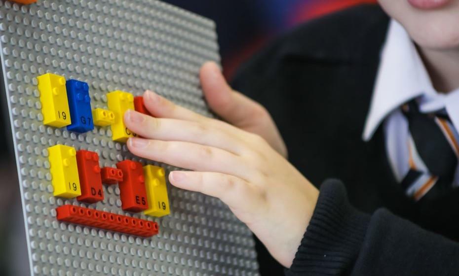 Projeto Braille Bricks