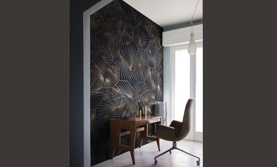 Cores fortes, escuras e padrões mais trabalhados necessitam de maior cuidado na restante decoração, mas também conferem mais personalização e distinção.