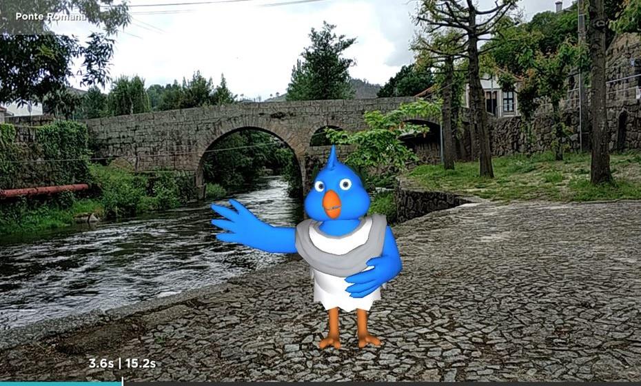 """Na ponte romana, os utilizadores são guiados pela mascote """"Avicella""""."""