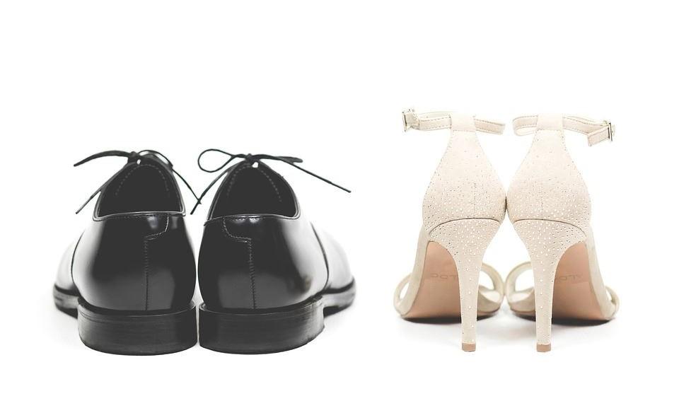 Trocar regularmente de calçado e colocá-lo a arejar, para evitar a concentração de humidade.