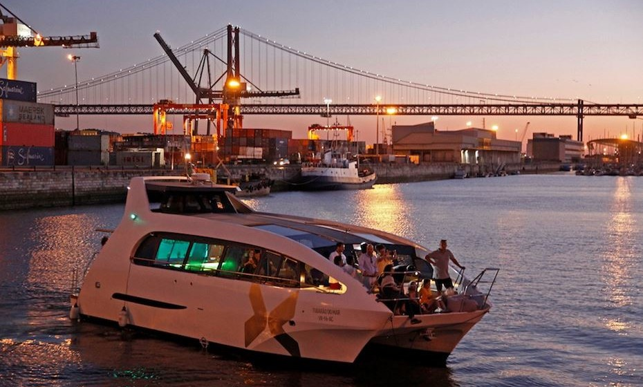 Sunset Yacht Party