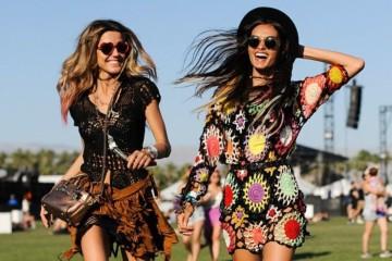 Em julho as festas dão lugar aos festivais e os looks alternativos e cheios de atitude chegam em força para ocupar o palco central da moda. Veja de seguida vários looks.