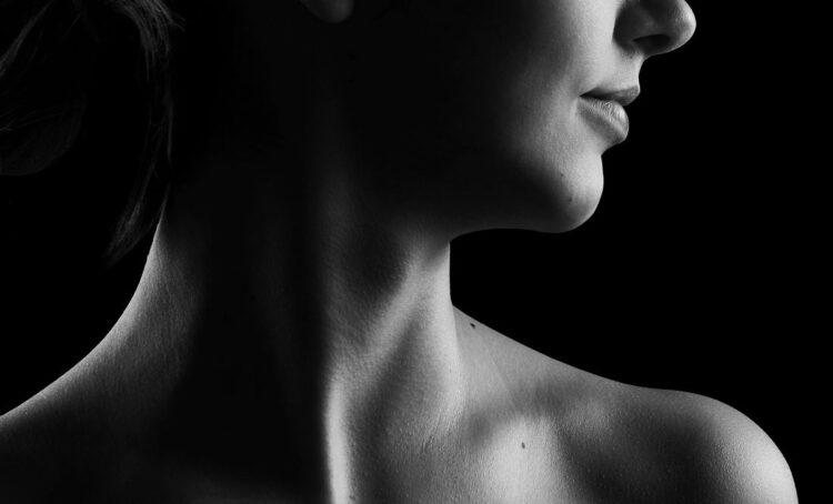 pescoço de mulher