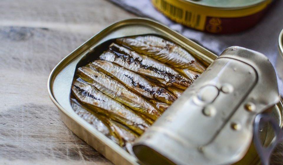 A sardinha e o salmão também veiculam cálcio, preferencialmente se consumidos com as espinhas.