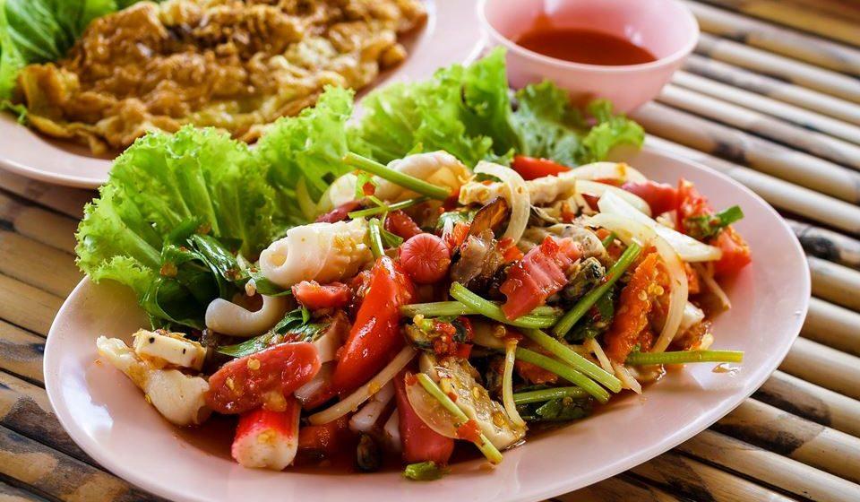 No prato principal devemos procurar consumir sempre legumes ou hortaliças, que vão aumentar a sensação de satisfação.