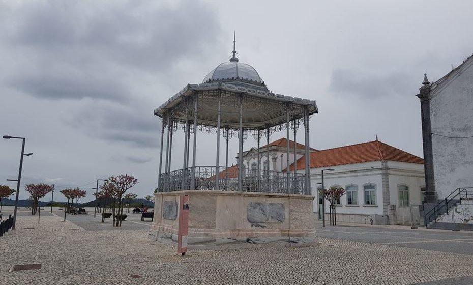 Coreto no Largo S. João Batista