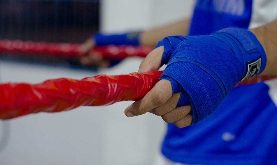 Resistência: Este desporto aumenta a sua resistência muscular porque no boxe não há exercícios com carga mas, em compensação, são feitas muitas repetições.