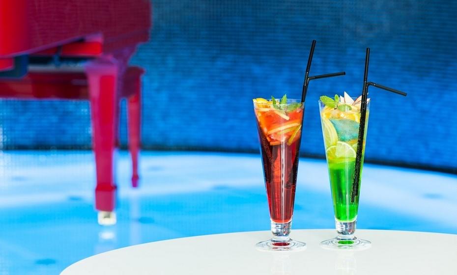Continue a usufruir do bom tempo e conviva com colegas e amigos fora da hora de expediente. Um final de tarde numa esplanada vai saber-lhe a férias de verão.