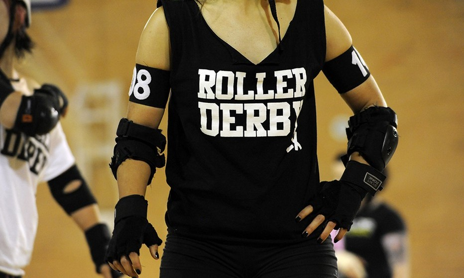 Para mais informações sobre a equipa Lisbon Grrrls Roller Derby, consultar a página de Facebook com o mesmo nome. (Por Joana de Sousa Costa. Fotos de Isabel de Oliveira. Lisboa, julho de 2013)