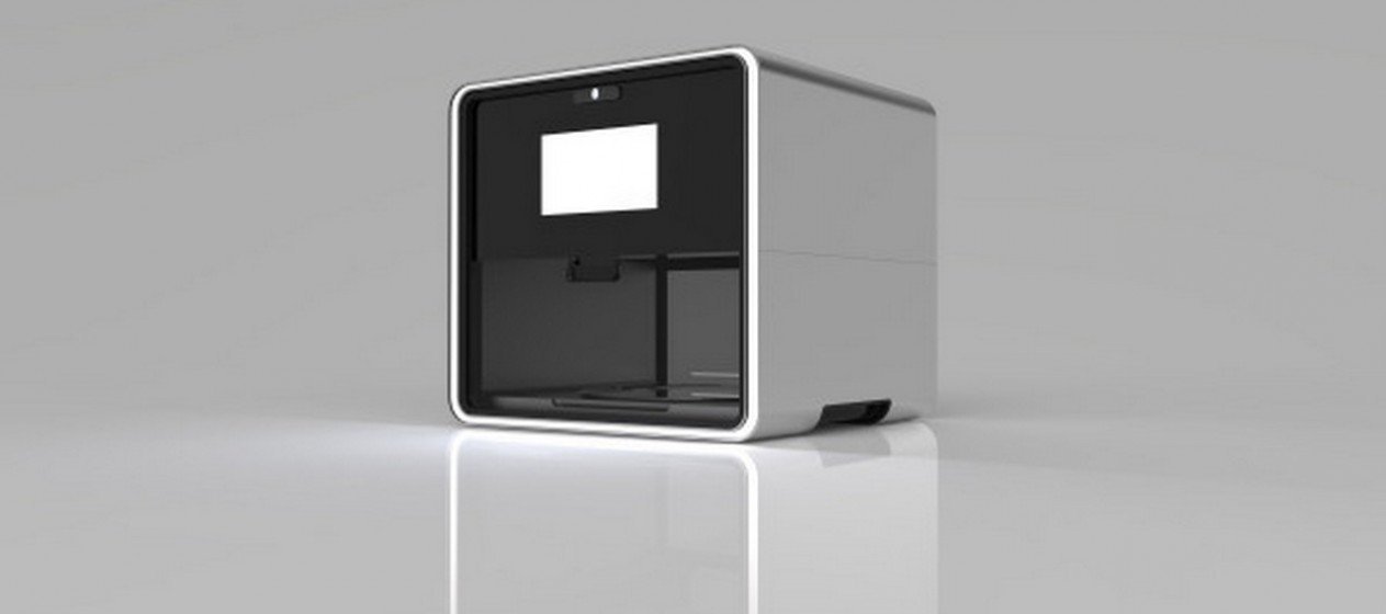 """O evento, chamado de """"Press Print to Eat"""" (Carregue Imprimir para Comer), pretende mostrar que as impressoras 3D podem vir a revolucionar a forma como comemos. Alguns especialistas chamam a esta a """"comida do futuro"""" e explicam que, no futuro, ter uma impressora de comida em casa poderá vir a ser tão comum como ter um microondas. (Por MOOD/ Joana de Sousa Costa)"""