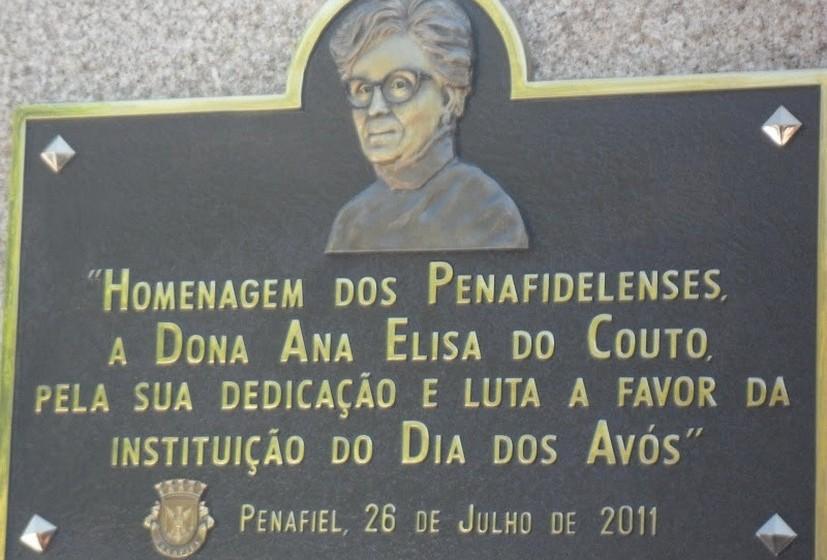 """Ana Elisa Couto usava frequentemente a seguinte frase de Jonh Collins: """"Aproveitar um bom conselho requer mais sabedoria do que dá-lo"""". (Fotos cedidas pela família de Ana Elisa Couto)."""