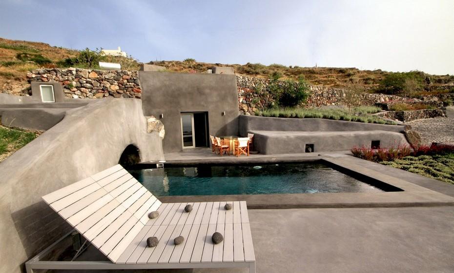 Zona de lazer na piscina.