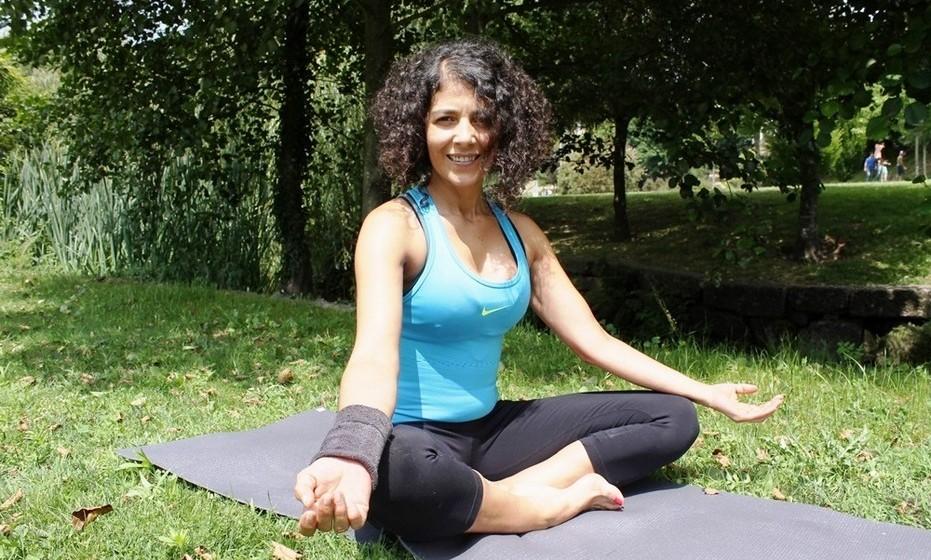 Bebé trabalha na área do fitness e yoga há 20 anos, depois de ter concluído formação numa escola internacional. Além de aulas em vários ginásios no distrito do Porto, Bebé é terapeuta de Reiki Angelical, uma vertente do reiki que lida com energias de frequência elevada.