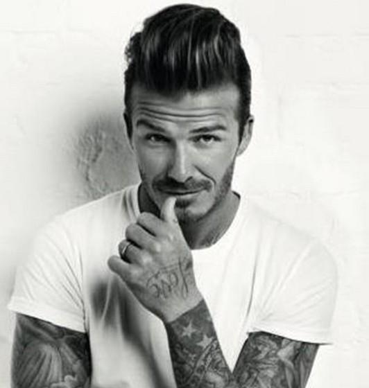 David Beckham: O ex-jogador é adepto do sono reparador de beleza e, por isso, faz uma sesta sempre que pode. Além disso, rouba os cremes da mulher Victoria, que parecem fazer maravilhas pela sua pele.