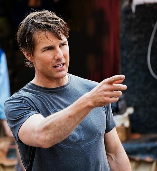Tom Cruise: O ator é conhecido pelas excentricidades em várias áreas da sua vida e, como tal, também o é no que diz respeito aos cuidados com a sua pele. Cruise usa alguns dos cremes mais caros no mercado, nomeadamente aquilo a que o conhecido dermatologista das estrelas Ivo Pitanguy chama de creme milagre.
