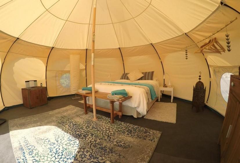 Interior da tenda.