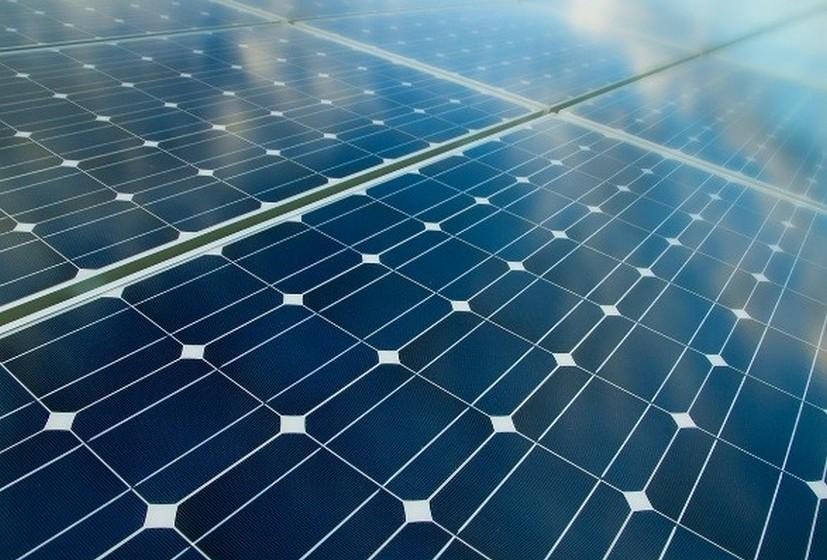 Um processo de dessalinização barato e sustentável (Vietname, 2012): A equipa propõe no seu projeto usar energia solar e técnicas de vácuo para o processo de dessalinização. O método convencional consome muita eletricidade e combustível, sendo a energia solar, pelo contrário, inesgotável e de baixo custo.