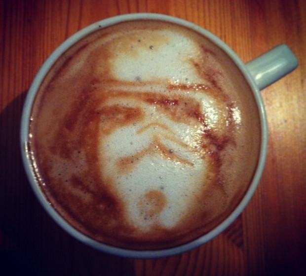 Um cappuccino mal humorado.